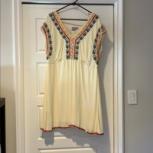 Dress with embroidery